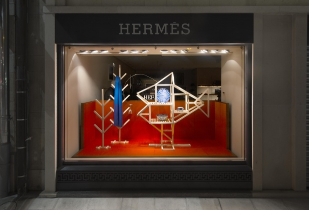 Collaboration ECAL/Hermès (vitrines for the Hermès Geneva and Zurich stores) 2465